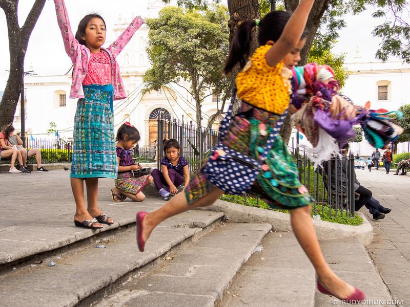 Rudy Giron: Antigua Guatemala &emdash; Jumpping around the Parque Central