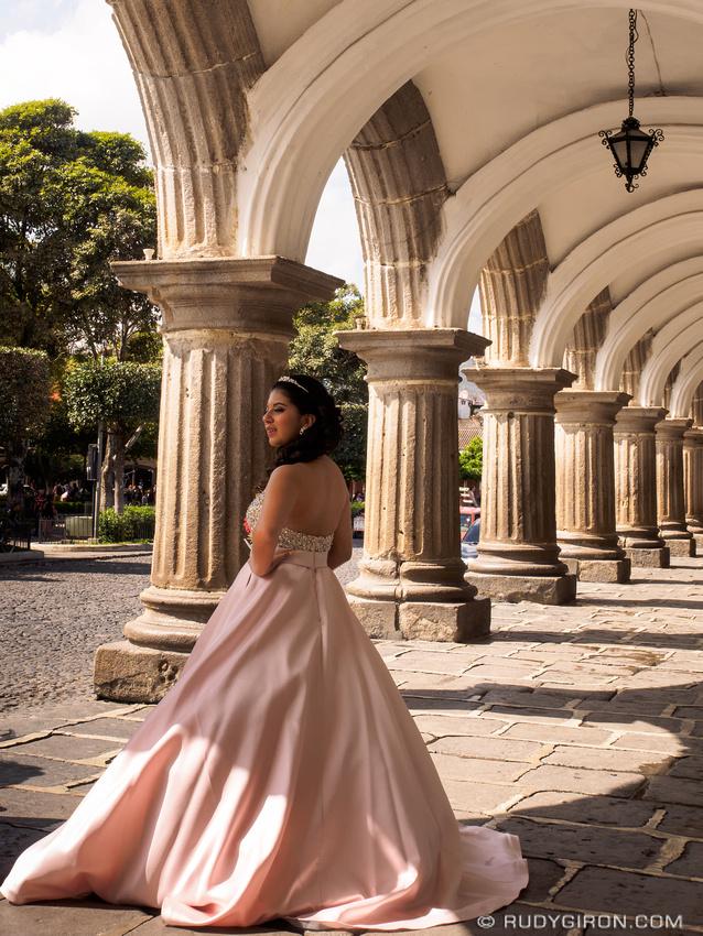 Rudy Giron: Antigua Guatemala &emdash; Quinceañera photo session 3 in Antigua Guatemala